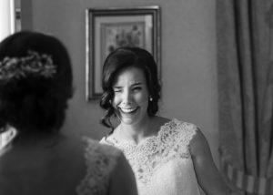 02-novia-fotografia-espejo-sonrisa-albacete