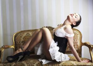 36-book-albacete-estudio-moda-sillon