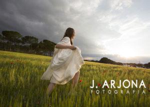 nina-campo-verde-tormenta-amapolas-correr-albacete