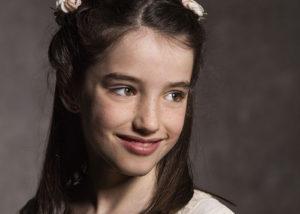 retrato-nina-estudio-sonrisa-reportaje-comunion-albacete